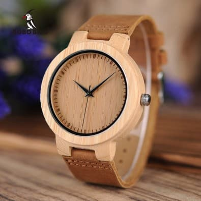 Men's or women's mixed watch with wooden case and leather strap