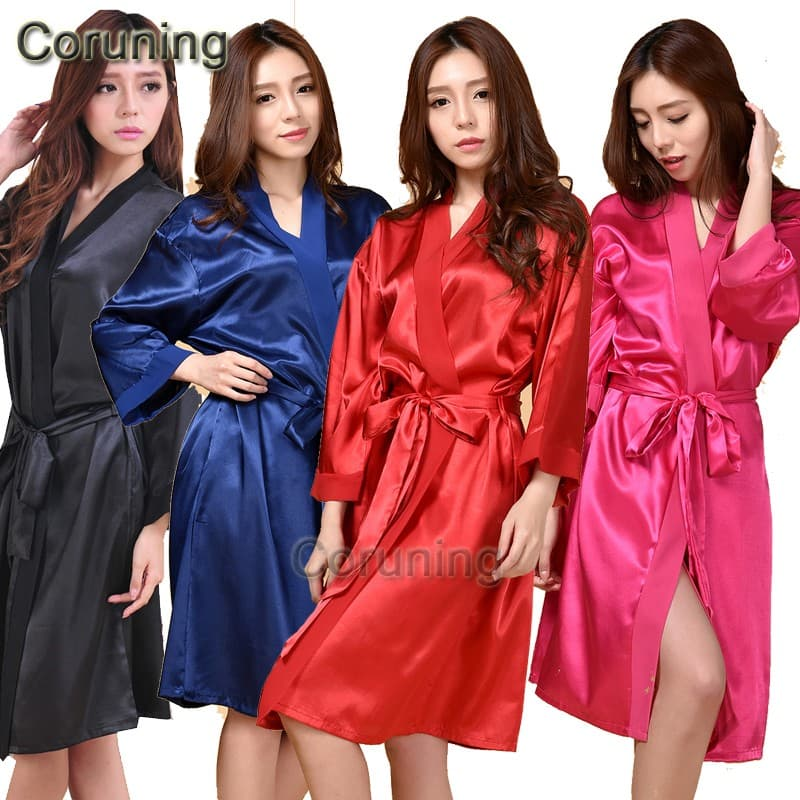 Mid-length bathrobe for woman material rayon 6 color