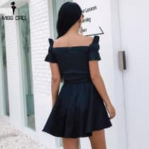Glamorous black dress with bare shoulders neckline in plunging vee